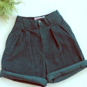 "Super high waist VTG cord shorts, 26"""